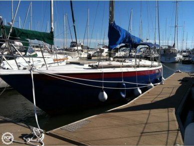 Ericson Yachts 39, 39', for sale - $22,000