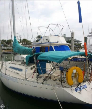 Sigma 33, 32', for sale - $10,000