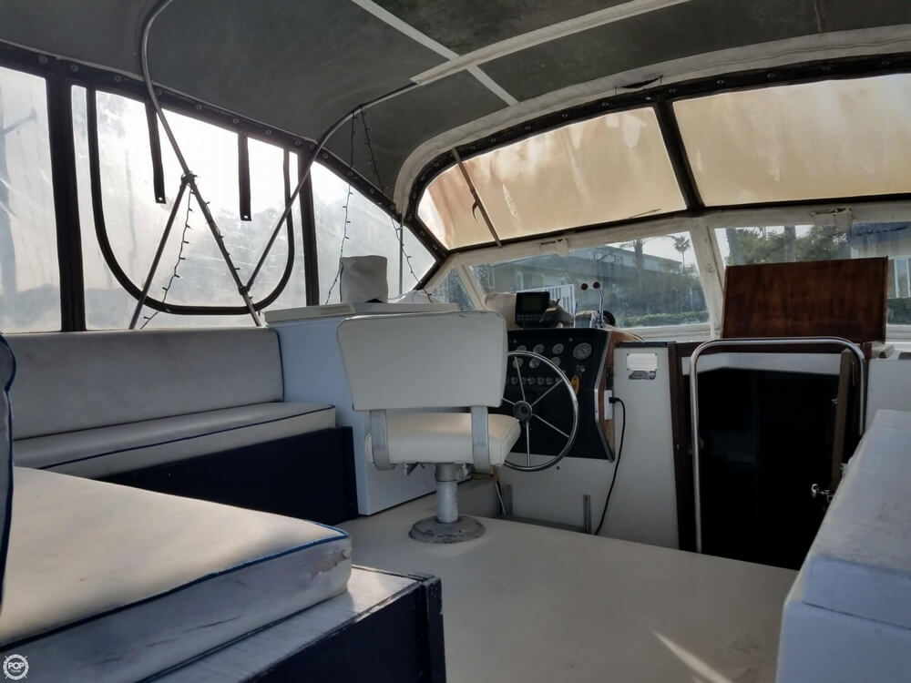 1974 Chris-Craft 350 Catalina For Sale