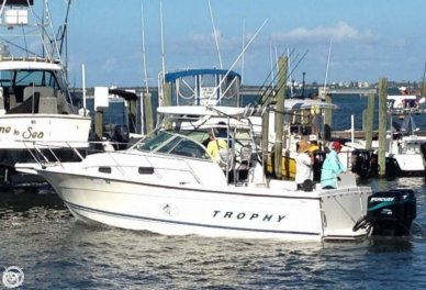 Trophy 2802, 31', for sale - $43,300