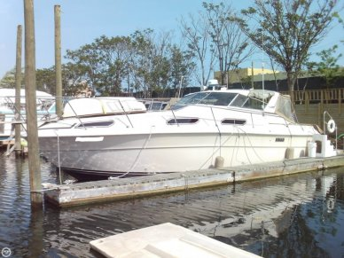 Sea Ray SRV 360, 38', for sale - $27,800