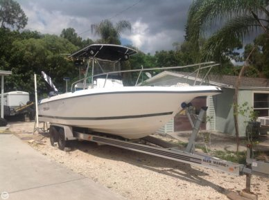 Century 2600 CC, 28', for sale - $26,000