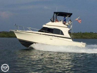 Bertram 33 Flybridge Cruiser II, 33', for sale - $44,100