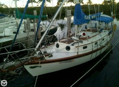 Herreshoff H-28, 34', for sale - $19,950