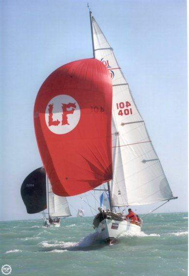Soca Boats LS-10 / T-10, 33', for sale - $52,900