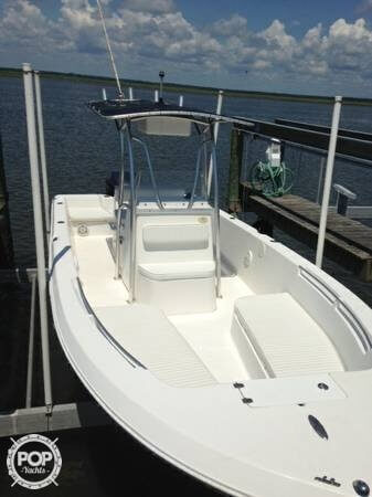 Angler 220 FX, 22', for sale - $33,900