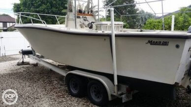 Mako 261, 26', for sale - $24,800