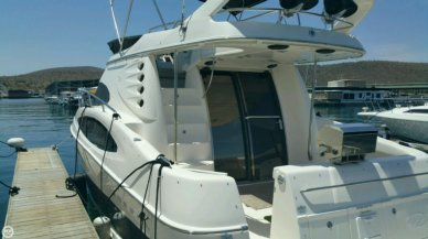 Regal 3880 Commodore Flybridge, 40', for sale - $148,500