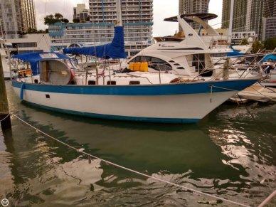 Lancer Yachts 42 masthead sloop, 45', for sale - $40,000