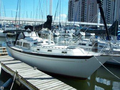 Islander 38 Freeport Sloop, 38', for sale - $50,000