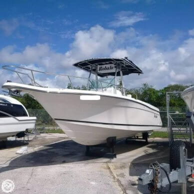 Robalo 2620 Center Console, 27', for sale - $33,300