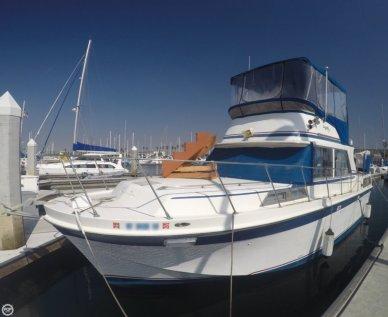 Uniflite 36 Double Cabin Motoryacht, 36', for sale - $24,500