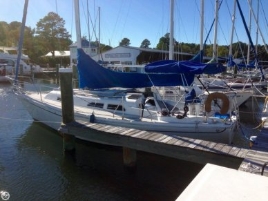 Ericson Yachts 30, 30', for sale - $13,000