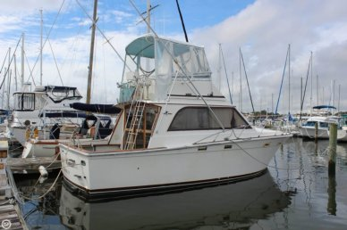 Egg Harbor 33, 32', for sale - $27,500