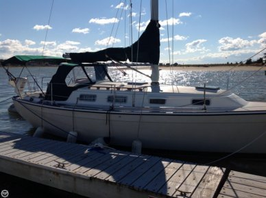 Pearson 303, 30', for sale - $19,900