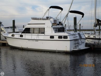 Carver 3607 Aft Cabin, 35', for sale - $42,000