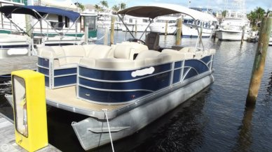 Sweetwater Premium 235c, 24', for sale - $19,749