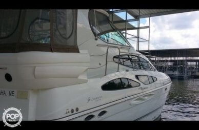 Cruisers 415 Express Motoryacht, 42', for sale - $189,000
