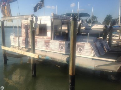 Maurell 30 Crest III, 29', for sale - $27,800