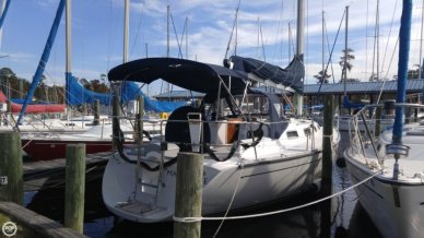 Freedom Yachts 35, 35', for sale - $98,900