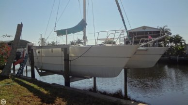 Cobra 35, 34', for sale - $25,221