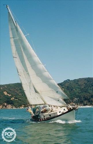 Philip Rhodes Traveller 32, 37', for sale - $17,500