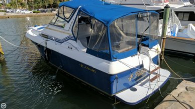 Cruisers Ultra-Vee 336, 32', for sale - $14,500