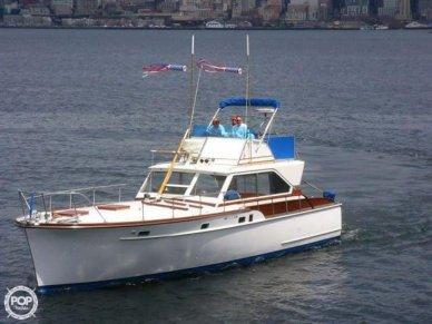 Matthews 42 Sedan, 42', for sale - $12,500