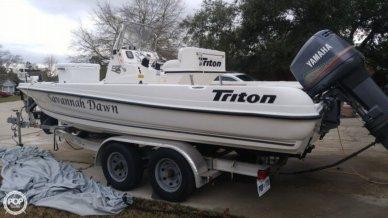 Triton 220 LTS, 22', for sale - $20,000