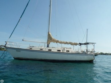 Hunter 37 Cherubini, 37', for sale - $30,600