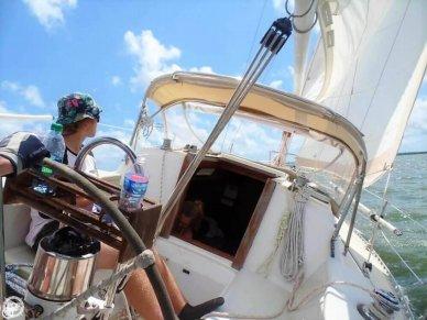 J Boat - Let's Go Sailing !!