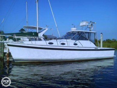 Luhrs 35 Alura, 35', for sale - $24,500