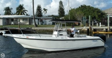 Boston Whaler 26 Outrage, 27', for sale - $32,500