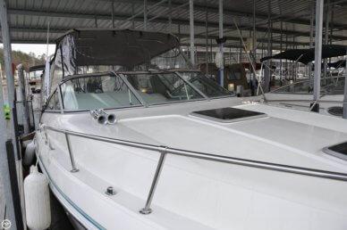 Celebrity 310, 31', for sale - $35,000