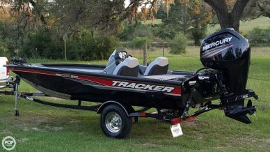 Bass Tracker 175 TXW, 17', for sale - $22,200