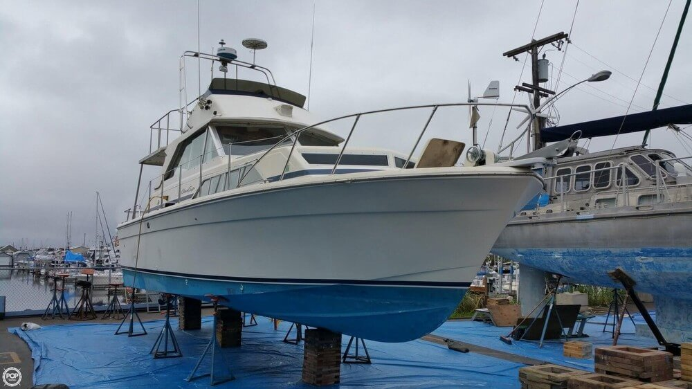 Chris-Craft Catalina 33, 33', for sale - $27,800