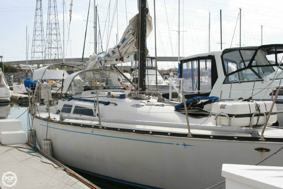 C & C Yachts 34, 34', for sale - $22,500