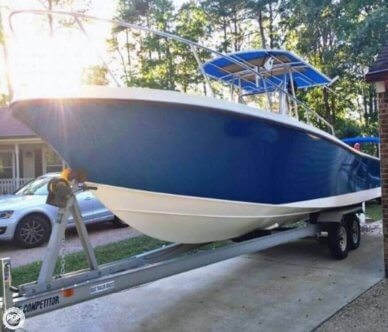 Mako 261, 26', for sale - $24,995