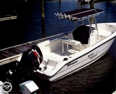 Triton 22, 22', for sale - $33,300