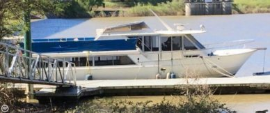 Gold Coast 52 Motoryacht, 52', for sale - $59,995