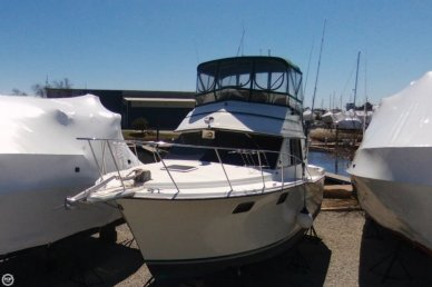 Carver 3227, 32', for sale - $16,500
