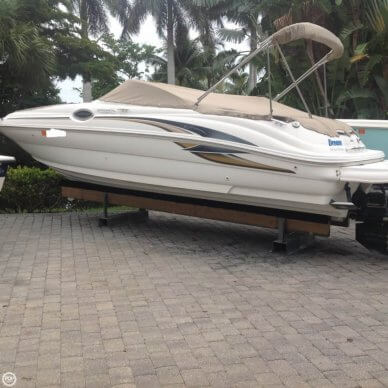 Sea Ray 240 Sundeck, 26', for sale - $21,000