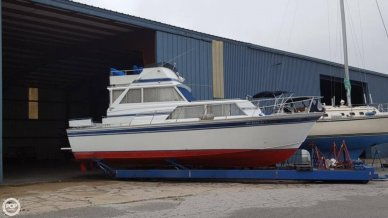 Marinette 32, 32', for sale - $15,000