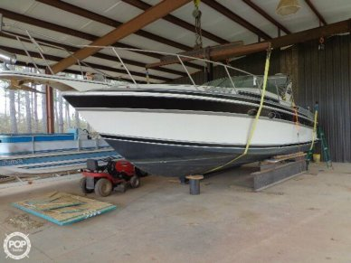 Wellcraft St Tropez 3200, 32', for sale - $20,000