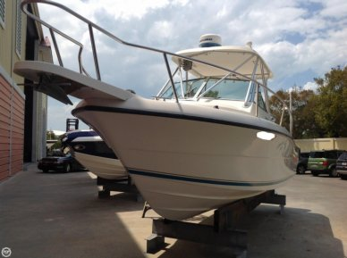 Pursuit 2470, 24', for sale - $28,000
