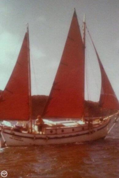 Tahiti Dreadnought 32, 32', for sale - $17,500