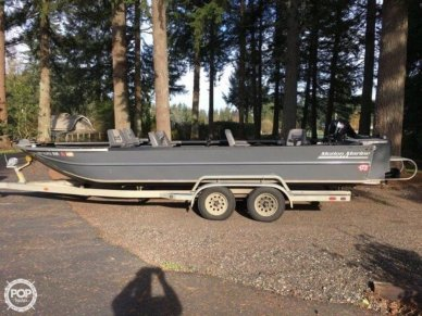 Motion Marine Outback Fishing Machine, 24', for sale - $35,500