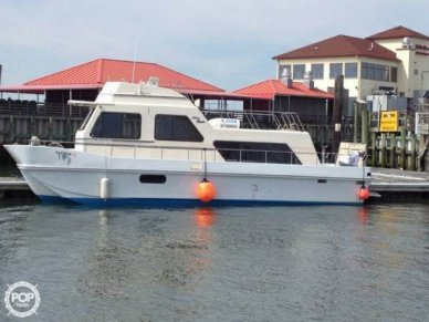 Holiday 38, 38', for sale - $44,500