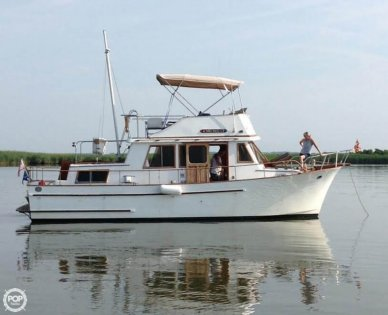 Universal Chien Hwa 35, 35', for sale - $30,800