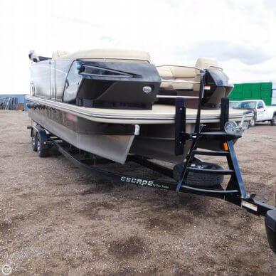 Larson Escape 23 TTT, 23', for sale - $60,200